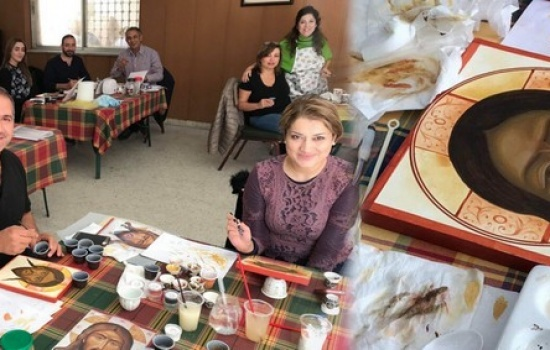 Iraqi refugees and parishioners of Jabal Amman paint Face of Jesus Icons