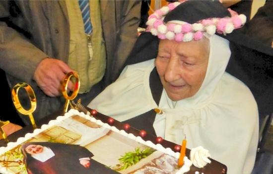 Carmelite Mother Antoinette celebrates her 100th birthday in Nazareth