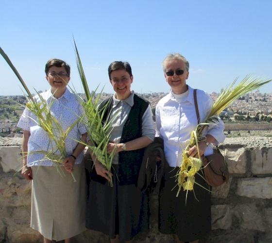 """Les Sœurs de la Famille spirituelle """"L'Oeuvre"""" prient pour la Terre Sainte et ses habitants"""