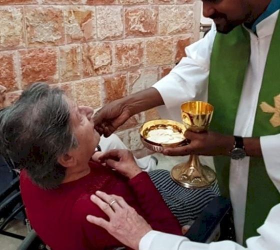 البابا فرنسيس ينشر رسالة بمناسبة اليوم العالمي التاسع والعشرين للمريض