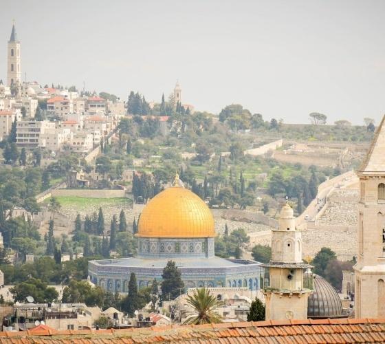 Patriarcas y Jefes de Iglesias de Jerusalén preocupados por los fieles de la mezquita Al-Aqsa y las familias de Sheikh Jarrah
