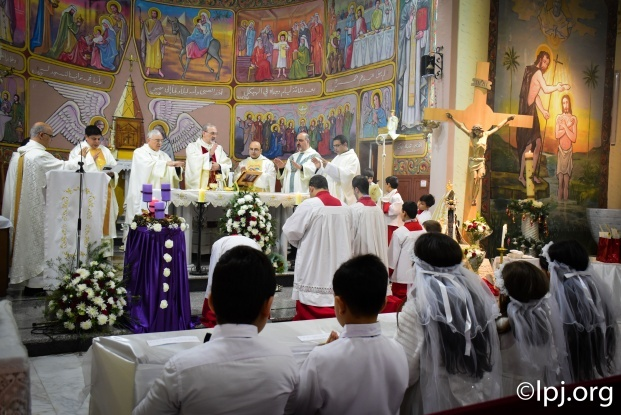 Gaza and COVID-19: how do Christians live during Holy Week?