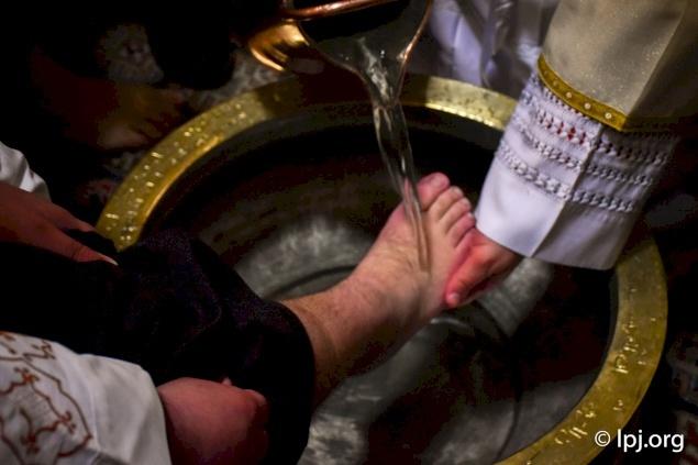 عظة رئيس الأساقفة بييرباتيستا بيتسابالا لخميس الأسرار ٢٠٢٠