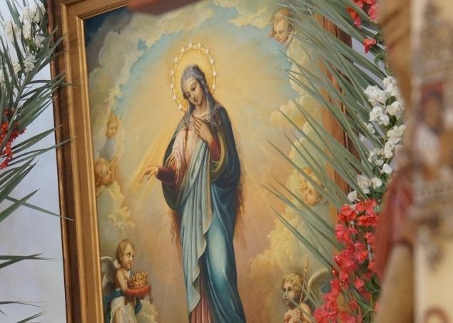 عيد سيدتنا مريم العذراء، سلطانة فلسطين في دير رافات