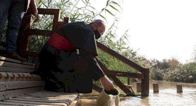 البطريرك بيتسابالا يترأس يوم حج الكنائس الكاثوليكية إلى موقع المعمودية - المغطس في الأردن