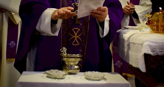 الصوم في الكنيسة اللاتينية، تقليد مقدس وممارسة متنوعة بقلم الأب فراس عبدربه