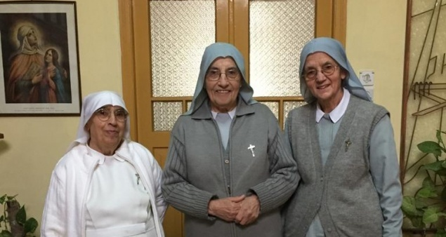 The Community of Daughters of St. Anna pray for priests in Jerusalem Diocese