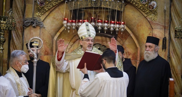 Easter Sunday Mass celebrated at the Holy Sepulchre