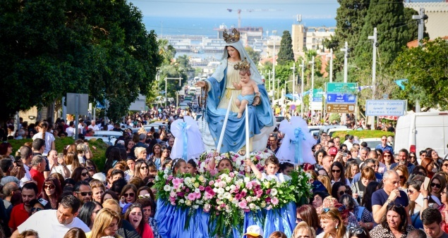 April 18: Traditional procession of Our Lady of Mt. Carmel in Haifa