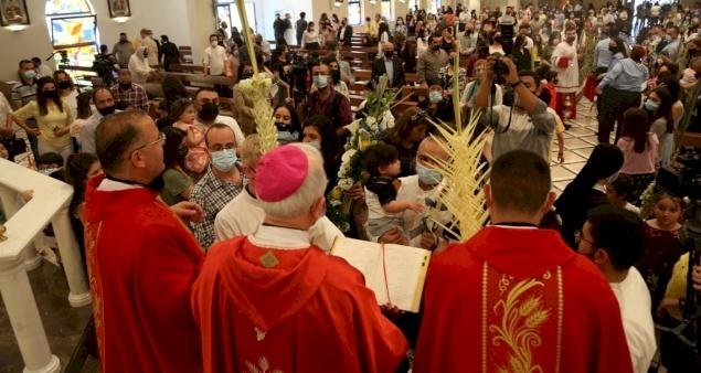 Christians in Jordan celebrate Palm Sunday after 2-month hiatus
