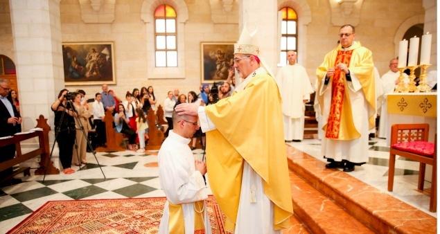 Ordination sacerdotale et première messe du P. Nadim Giacaman à Bethléem