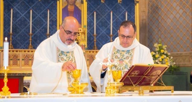 Le Père Ibrahim Shomali et le Père Yacoub Rafidi célèbrent le jubilé d'argent de leur Ordination sacerdotale