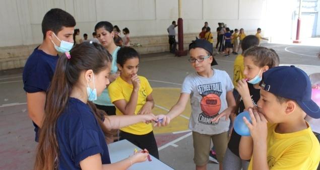 رعايا البطريركية اللاتينية تنظم مخيمات صيفية بعد عام من الانقطاع