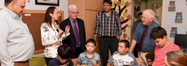 لجنة الأرض المقدسة في زيارتها الثانية إلى مؤسسات ومشاريع البطريركية في أبرشية القدس